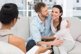 Psihoterapie de cuplu: cum te poate ajuta sa iti recuperezi echilibrul in relatie?