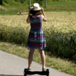 La ce vârstă este recomandat să conduci un hoverboard?